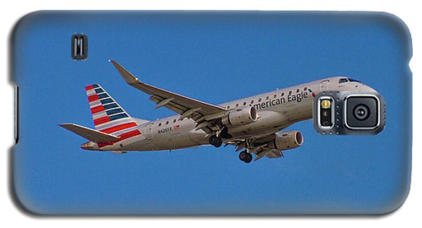 Flying In American Eagle Embraer 175 N426yx Galaxy S5 Case