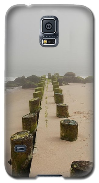 Fog Sits On Bay Head Beach - Jersey Shore Galaxy S5 Case
