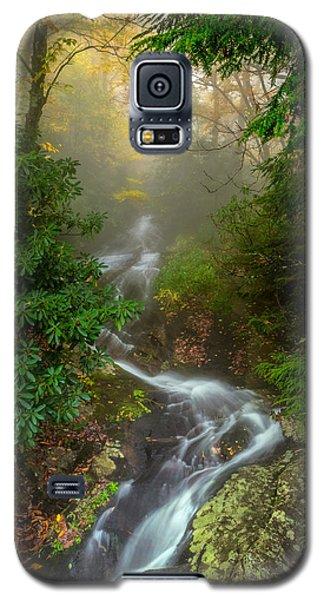 Foggy Autumn Cascades Galaxy S5 Case