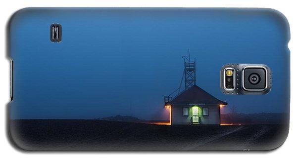 Foggy Dawn At Kew Beach Galaxy S5 Case