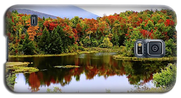 Foggy Day In Vermont Galaxy S5 Case by Joseph Hendrix