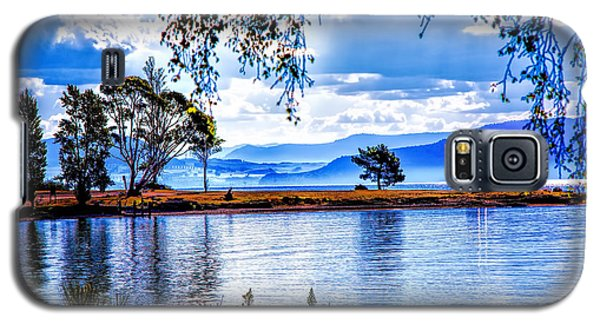 Foggy Hills And Lakes Galaxy S5 Case by Rick Bragan