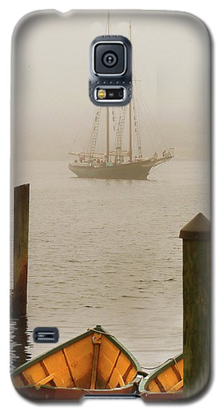 Foggy Morning In Gloucester Ma Galaxy S5 Case