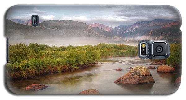Foggy Morning In Moraine Park Galaxy S5 Case by Ronda Kimbrow