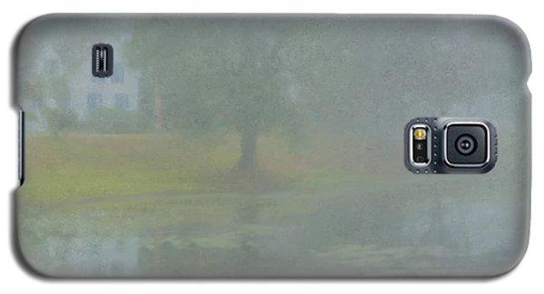 Foggy Morning On Pond Street Galaxy S5 Case
