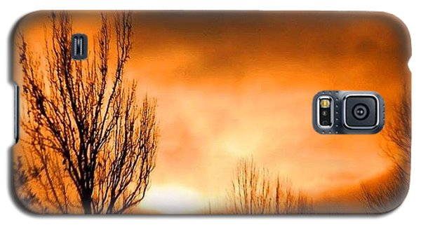 Galaxy S5 Case featuring the photograph Foggy Sunrise by Sumoflam Photography