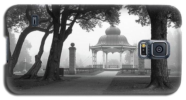 Foggy Tower Grove Galaxy S5 Case