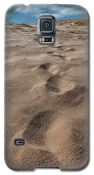 Galaxy S5 Case featuring the photograph Follow My Steps  by John McGraw