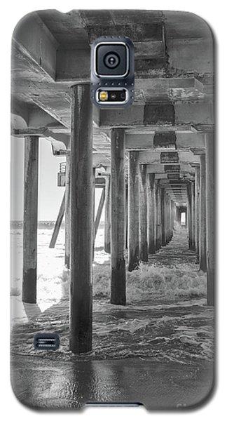 Galaxy S5 Case featuring the photograph Follow The Lines Under Huntington Beach Pier by Ana V Ramirez