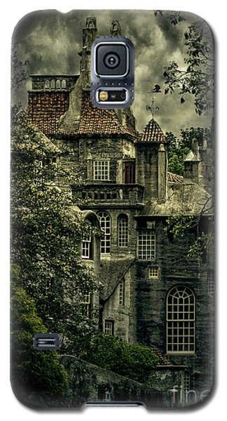Fonthill With Storm Clouds Galaxy S5 Case