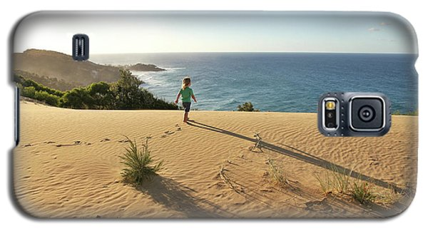Footprints In The Sand Dunes Galaxy S5 Case