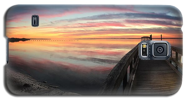 Fort Fisher Sunset Reverie With Heron Galaxy S5 Case by Phil Mancuso