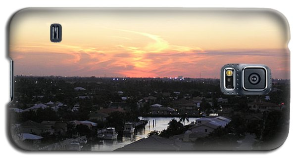 Galaxy S5 Case featuring the photograph Fort Lauderdale Sunset by Patricia Piffath