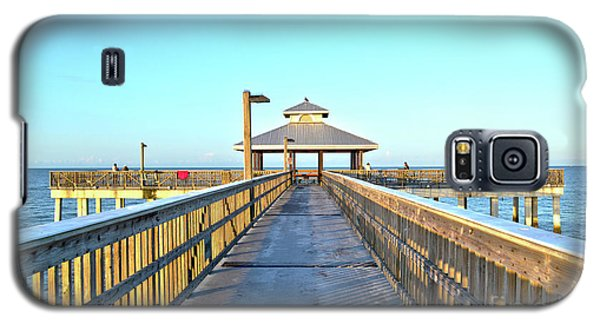 Fort Myers Beach Florida Fishing Pier Galaxy S5 Case by Timothy Lowry