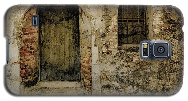Galaxy S5 Case featuring the photograph Corfu, Greece - Fortress Door by Mark Forte