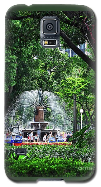 Galaxy S5 Case featuring the photograph Fountain Through The Trees By Kaye Menner by Kaye Menner