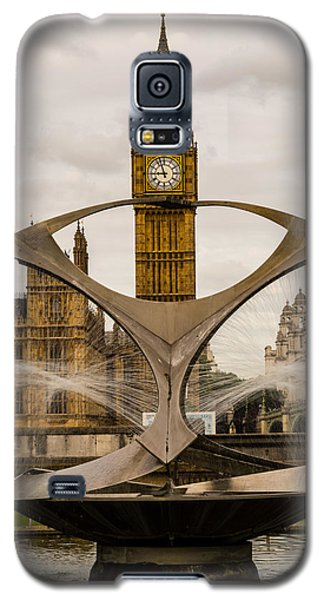 Fountain With Big Ben Galaxy S5 Case