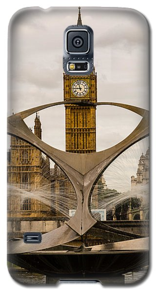 Fountain With Big Ben Galaxy S5 Case