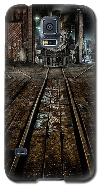 Galaxy S5 Case featuring the photograph Four-eighty-two by Jeffrey Jensen