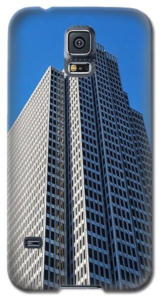 Four Embarcadero Center Office Building - San Francisco - Vertical View Galaxy S5 Case by Matt Harang
