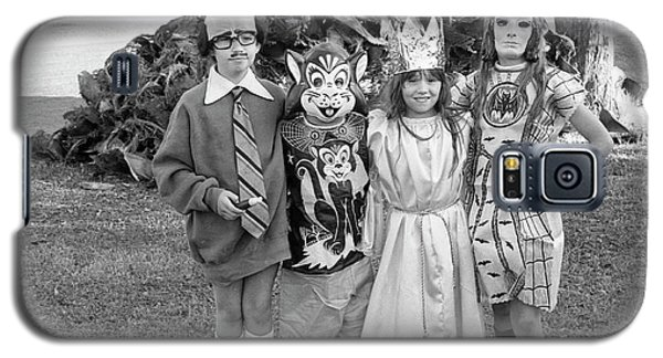 Four Girls In Halloween Costumes, 1971, Part One Galaxy S5 Case