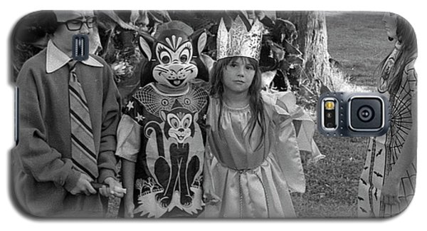 Four Girls In Halloween Costumes, 1971, Part Two Galaxy S5 Case