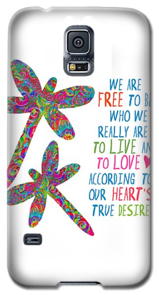 Galaxy S5 Case featuring the painting Free To Be by Lisa Weedn