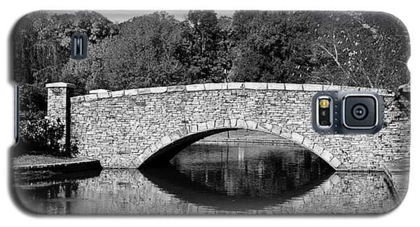Freedom Park Bridge In Black And White Galaxy S5 Case