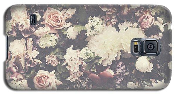 Fresh Flower Pattern Background Galaxy S5 Case