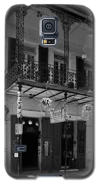 Fritzel's European Jazz Pub In Black And White Galaxy S5 Case by Chrystal Mimbs