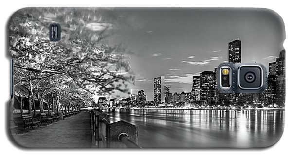 Galaxy S5 Case featuring the photograph Front Row Roosevelt Island by Az Jackson