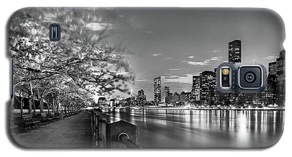 Front Row Roosevelt Island Galaxy S5 Case by Az Jackson