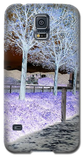 Frosty Trees At The Getty Galaxy S5 Case