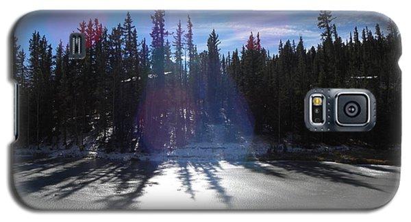 Sun Reflecting Kiddie Pond Divide Co Galaxy S5 Case