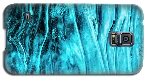 Galaxy S5 Case featuring the photograph Frozen Wonder by Sandra Bronstein