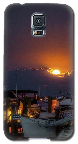 Full Moon At Titusville Galaxy S5 Case