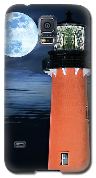 Full Moon Closeup Next To Jupiter Lighthouse In Florida Galaxy S5 Case