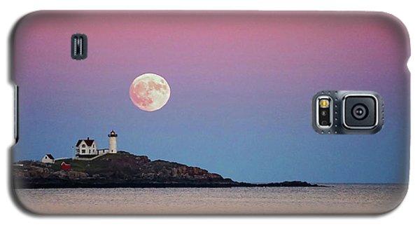 Full Moon Rising At Nubble Light Galaxy S5 Case