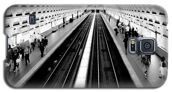 Train Galaxy S5 Case - Gallery Place Metro by Thomas Marchessault