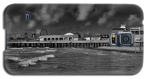 Galaxy S5 Case featuring the photograph Galveston Pleasure Pier Black And White by Joshua House