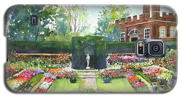 Garden At Hampton Court Palace Galaxy S5 Case by Susan Herbst