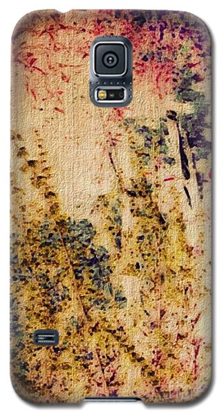Galaxy S5 Case featuring the photograph Garden Dreams by William Wyckoff