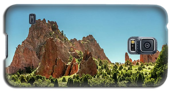 Galaxy S5 Case featuring the photograph Garden Of The Gods II by Bill Gallagher