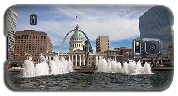 Gateway Arch And Old Courthouse In St. Louis Galaxy S5 Case