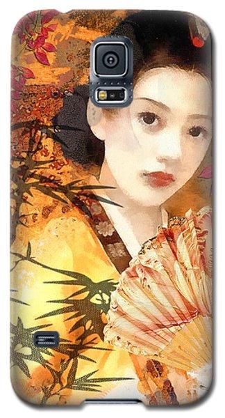 Geisha With Fan Galaxy S5 Case by Mo T