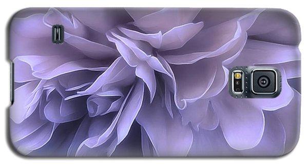 Galaxy S5 Case featuring the photograph Gentle Breeze by Darlene Kwiatkowski