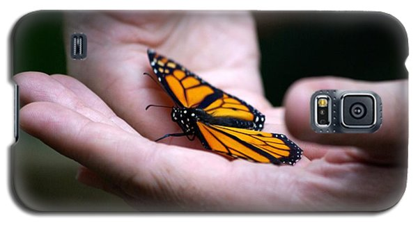 Gentle Friend Galaxy S5 Case by Linda Mishler