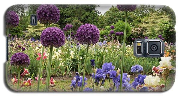 Giant Allium Guards Galaxy S5 Case