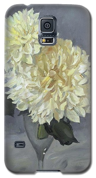 Giant White Dahlias In Wine Glass Galaxy S5 Case