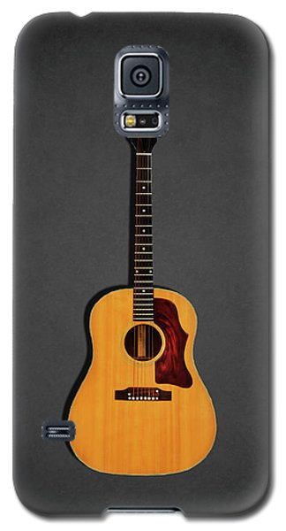 Music Galaxy S5 Case - Gibson J-50 1967 by Mark Rogan